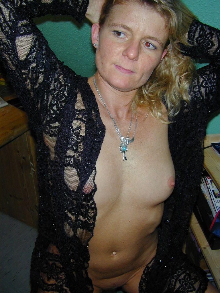 Carmen, 49, Düsseldorf